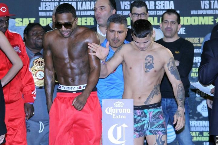 01_Maidana_pushes_Broner_away_from_scale_IMG_4960